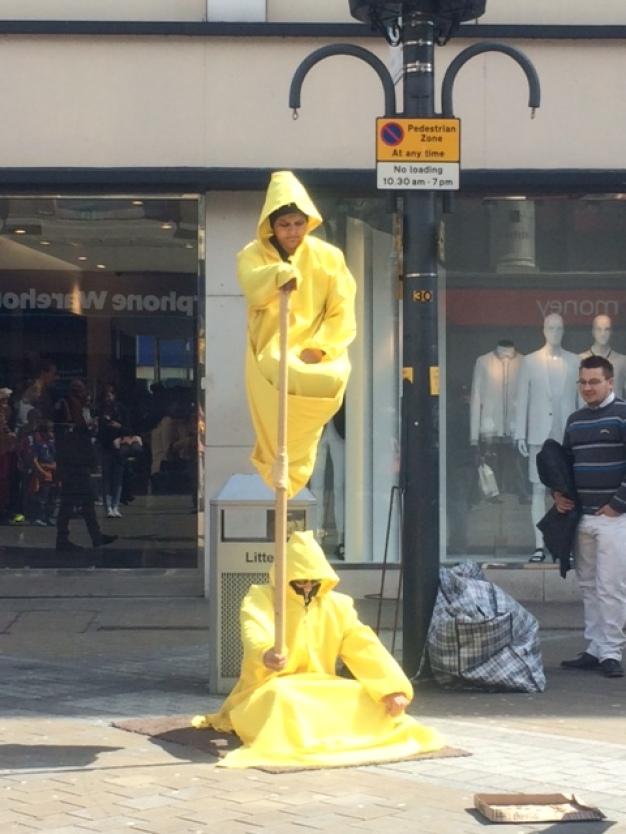 Street entertainers Leeds