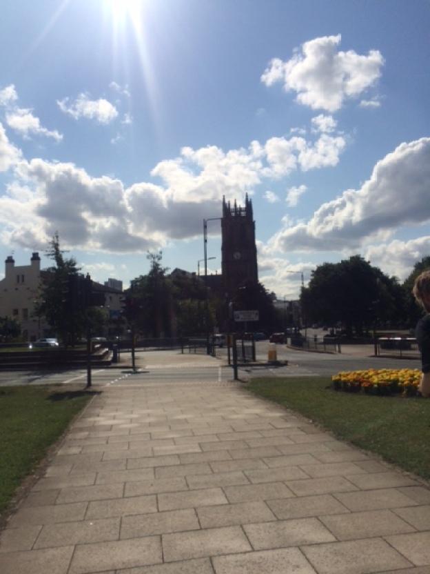 Walk to Leeds City Centre